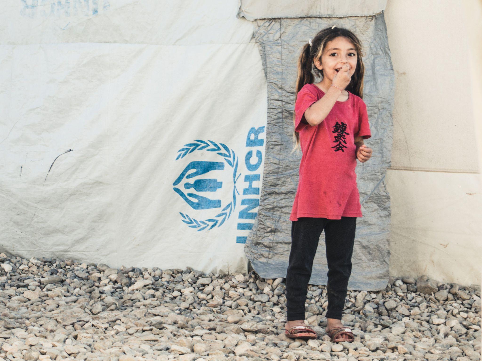 Uma das crianças no campo de refugiados do Iraque (Foto: Marco Gomes)
